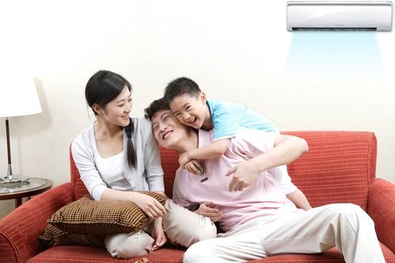 Cách sử dụng quạt và điều hòa đúng cách cho con