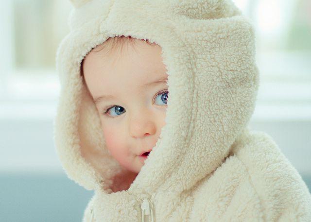 Cách giữ ấm cho trẻ trong mùa đông