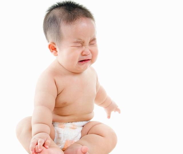 Dấu hiệu nhận biết táo bón ở trẻ sơ sinh